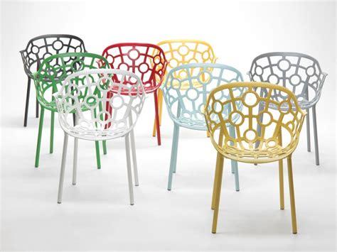 chaises colorées mobilier outdoor tendance rétro visitedeco