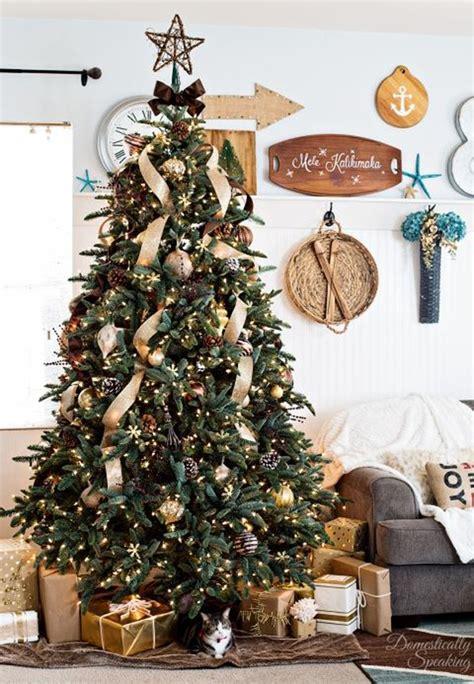 luxury gold christmas trees decor  sparkling