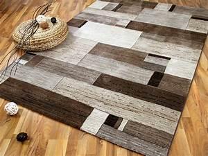 Teppich Auf Teppichboden : teppichboden beige braun ~ Lizthompson.info Haus und Dekorationen
