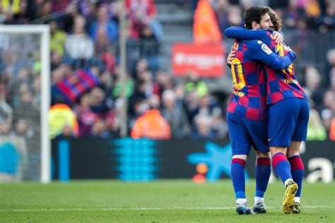 Barca latest: Trio omitted from Gimnastic squad list ...