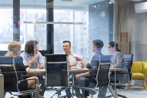 Conference Call Equipment for Productive Meetings | Yamaha UC