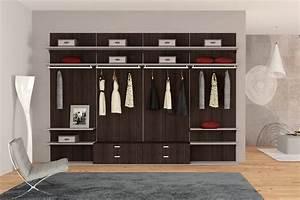 Cabina armadio con pannelli di rivestimento Produzione cabine armadio su misura Alucabina