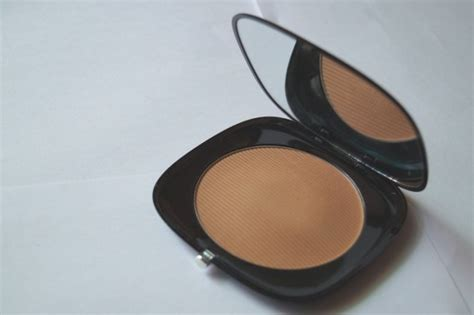 marc jacobs tantric omega bronze perfect tan bronzer review