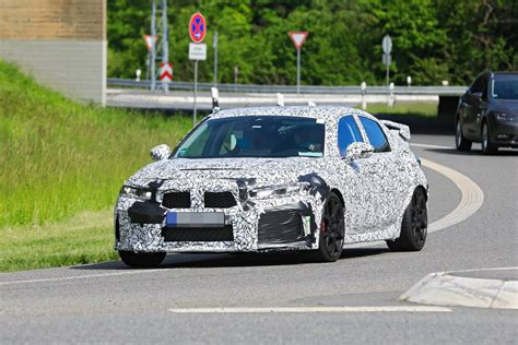The 2022 honda civic hatchback, the sportier sibling to the sedan revealed earlier, has been previewed by spy shots on the civic xi forum as reported by cnet's roadshow. 2022 Honda Civic Hatchback Looks Softer, More Grown Up in ...