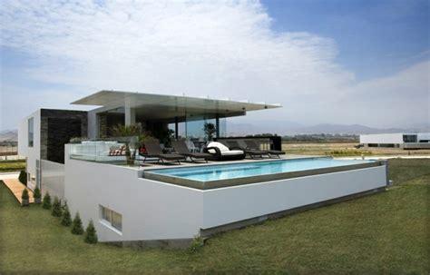 architecture moderne en l architecture moderne d une maison pr 232 s de la plage 224 p 233 rou