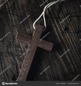Une Corde De Bois : croix en bois avec une corde photographie nito103 ~ Melissatoandfro.com Idées de Décoration