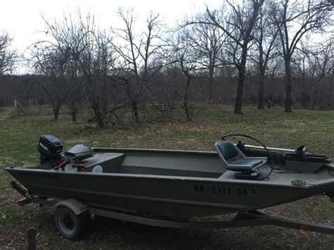 Jon Boat Duck Blind by 16 Tracker Grizzly Jon Boat 25hp Mercury With Beavertail