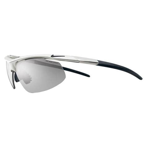 nike siege nike siege 2 sunglasses chrome grey medium smoke lens