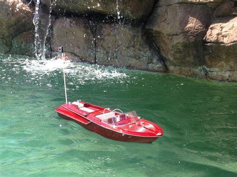 Rc Boats Model Speed by Buy Ready To Run Remote Aquarama Model Speed Boat