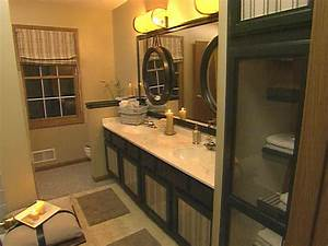 Spa retreat bathroom hgtv for Spa retreat bathroom ideas