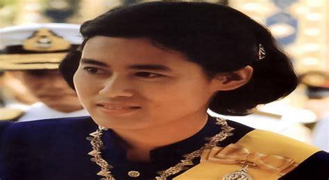 putri kerajaan thailand kepincut kunjungi candi borobudur