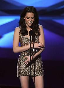 Kristen Stewart in 2011 People's Choice Awards - Show - Zimbio