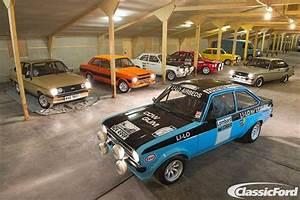 Garage Ford 93 : ford escort rs dream garage by alan sherwood old skool ford ford escort ford old fords ~ Melissatoandfro.com Idées de Décoration