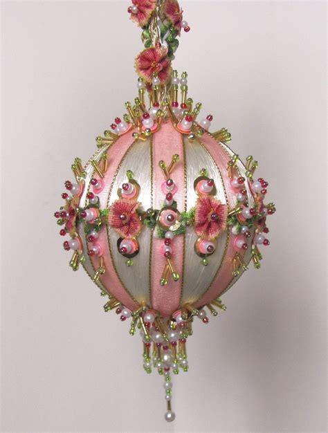 beaded christmas ornament kit antoinette ii  glimmertree