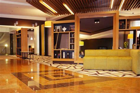 Hotel In Unterhaching Moderne 24stunden Openlobby Eröffnet