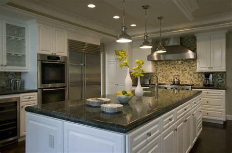 Beautiful Kitchen With Oceanside Glasstile Backsplash