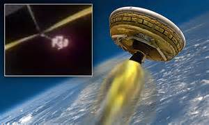 Nasa launches 'flying saucer' LDSD and ends in disaster ...
