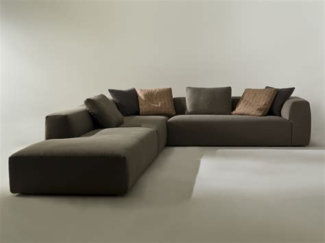 KLUB Corner sofa by i 4 Mariani design Mauro Lipparini