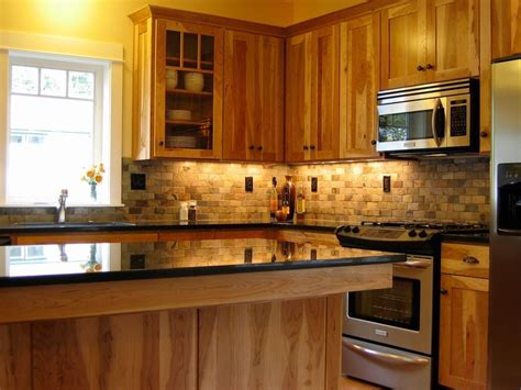 Craftsman Kitchen With Full Backsplash, Stone Tile