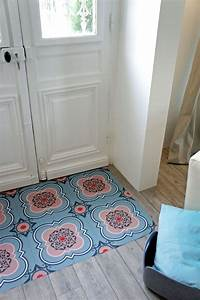 carrelage adhesif tout ce que vous devez savoir With porte d entrée alu avec carrelage mural salle de bain noir brillant