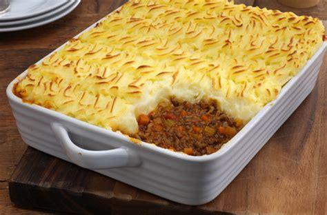 cottage pie gravy cottage pie traditional recipe knorr uk