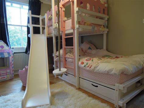 stockbett mit rutsche amarillo etagenbett weiss rosa lasiert mit island rutsche und rutschenpodest schmale