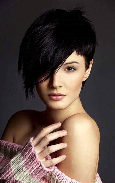 coupe courte femme visage rond coupe courte femme avec frange selon la forme du visage