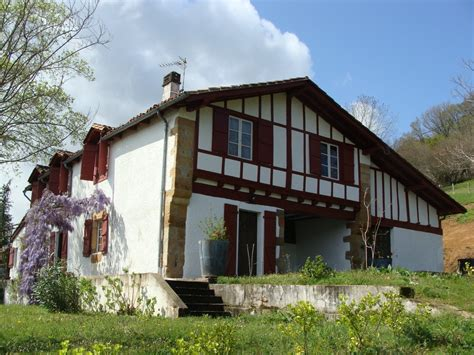 maison a vendre pays basque a vendre ferme basque du xvii ref ip pb 3 pays basque immobilier luxe prestige maison villa