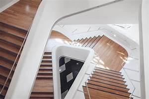 Innentüren Lackieren Kosten : treppe lackieren treppe streichen anleitung ~ Markanthonyermac.com Haus und Dekorationen