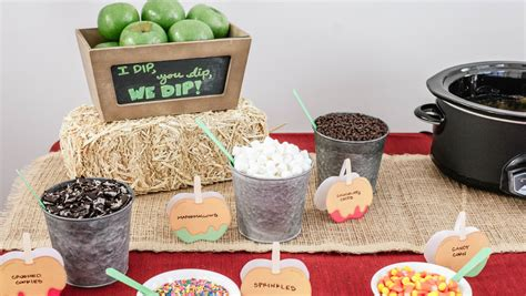 Celebrate Fall With A Dip Your Own Caramel Apple Dessert