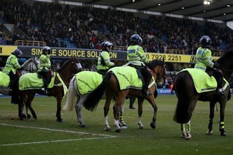 snapshot mounted police  millwall  charlton athletic