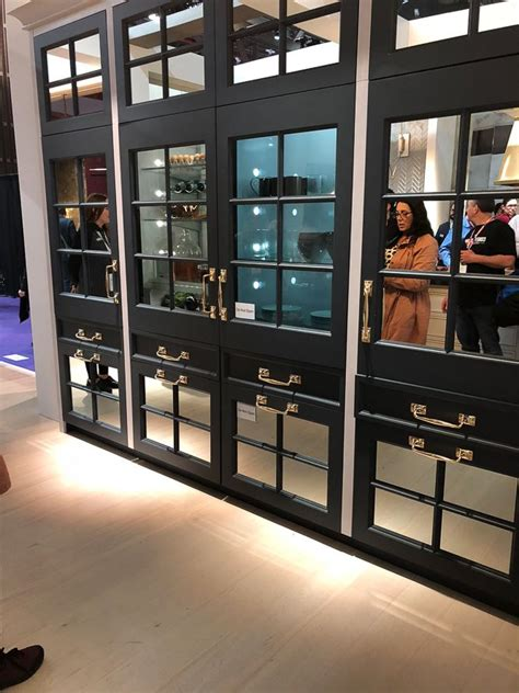 kitchen products  stopped    tracks  kbis heather hungeling design