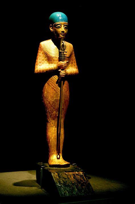 Птах — древнеегипетский бог в шкуре быка