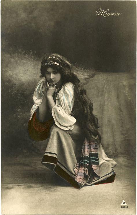 Pretty Vintage Gypsy Photo The Graphics Fairy