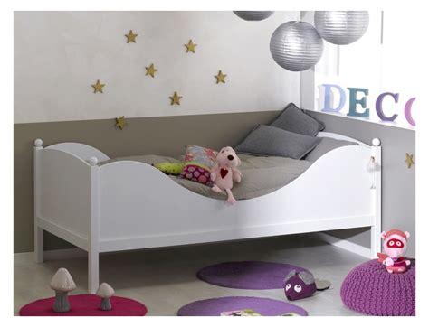 chambre bb ikea awesome ikea chambre bebe hensvik lit enfant blanc ikea