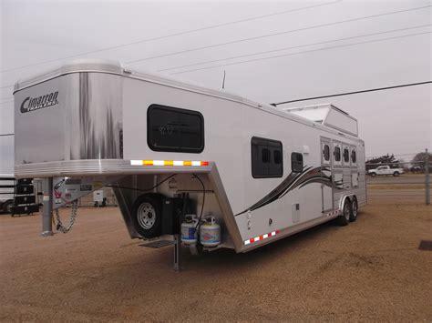 horse trailer living trailers quarters conversion electric features standard include aluminum