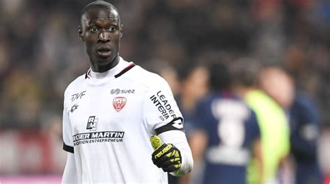 Rennes make Gomis 3rd most expensive keeper in Ligue 1 ...