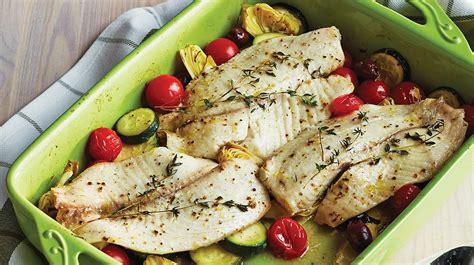 cuisiner du poisson blanc poisson blanc à la méditerranéenne recettes iga