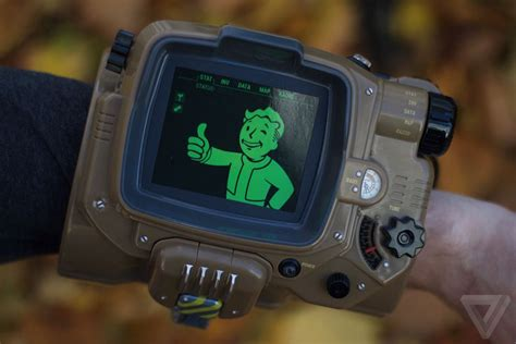 bethesda is bringing back the fallout 4 pip boy for a
