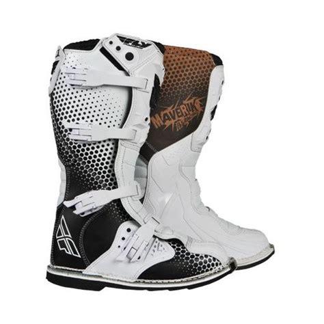 maverik motocross boots fly racing maverik mx boots revzilla