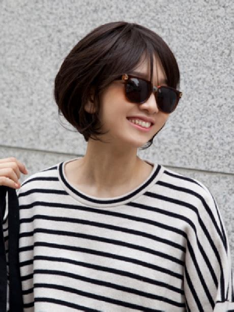 korean short hairstyle