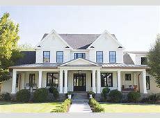 Beautiful Modern Farmhouse Exterior Design 28 HOMEDECORT