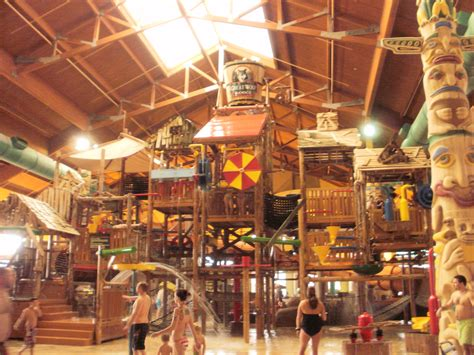 Great Wolf Lodge Photos 2010 Sandwiched