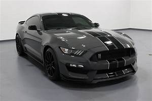Pre-Owned 2018 Ford Mustang Shelby GT350 2D Coupe in Quad Cities #E21198A | Green Family Auto