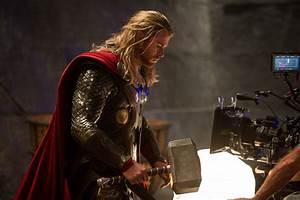 'Thor: The Dark World': Chris Hemsworth takes an imaginary ...