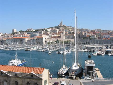 file vieux port de marseille jpg wikimedia commons
