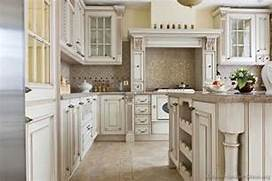 Antique Kitchens Pictures And Design Ideas This Kitchen Just Looks So Classy With The Chandelier And Everything Vintage Kitchen Kitchen Cabinets Vintage Kitchen Cabinets Decor Ideas And Photos