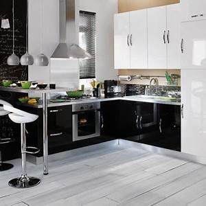 cuisines conforama des nouveautes amenagees tres design With modele cuisine noir et blanc