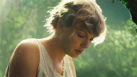 [59+] Taylor Swift Folklore Wallpapers on WallpaperSafari