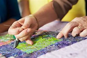 What is the Difference between Hand Quilting and Machine ...